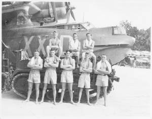 rnzaf6sq.beachingcrew1945.jpg